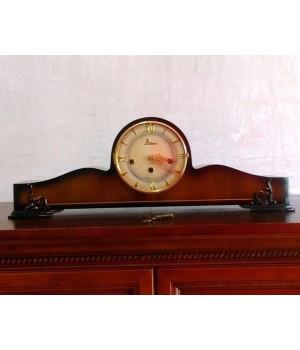 Настольные часы Dilau