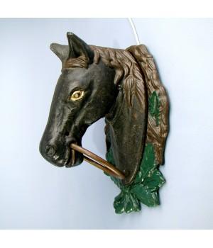 Скульптура старинный конь, чугун